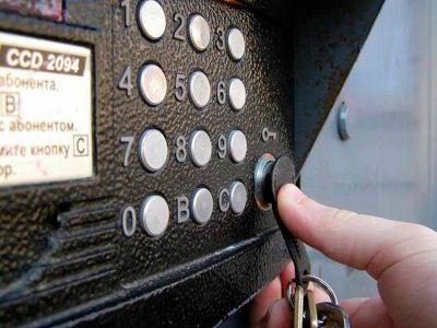 Почему домофон не открывает дверь, не реагирует на ключ?